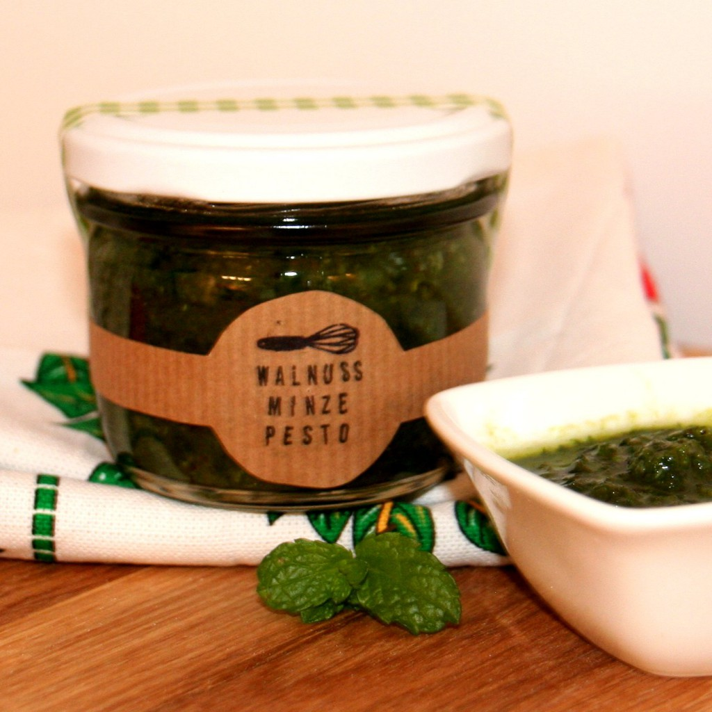 Walnuss-Minze-Pesto