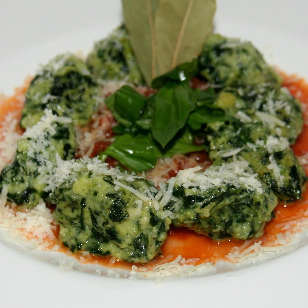 Spinat-Salbei-Nockerl