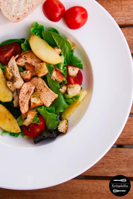 Salat mit Hühnchen und karamellisiertem Apfel-2