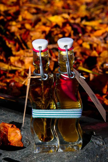 Chiliöl und Rosmarinöl