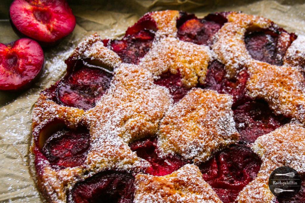 Fluffiger Pflaumenkuchen mit Ahornsirup