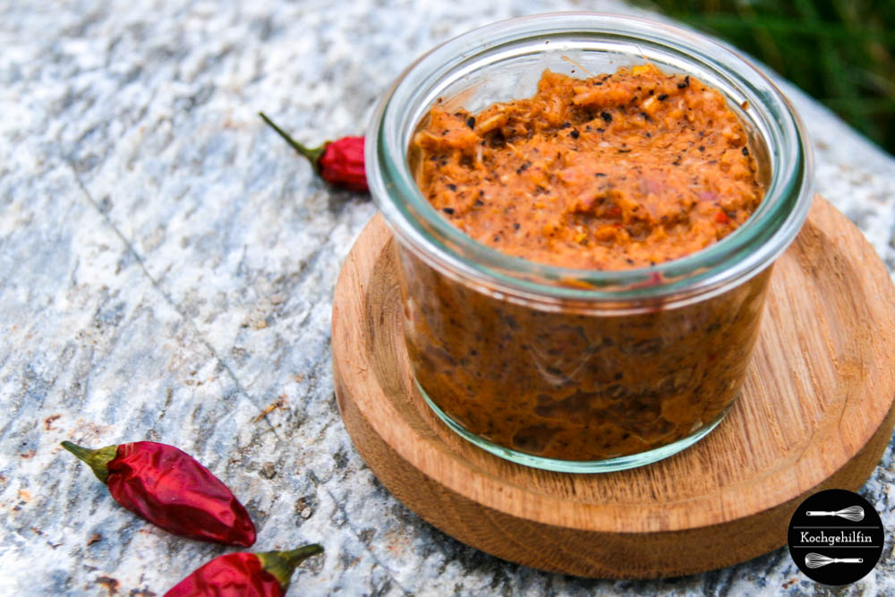 rezept f r selbstgemachte feurige rote thai curry paste. Black Bedroom Furniture Sets. Home Design Ideas